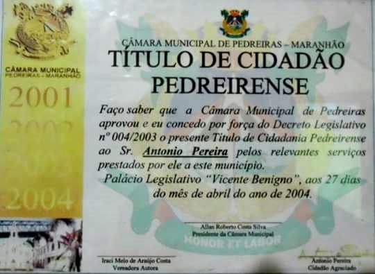Título de Cidadão Pedreirense concedido pelo ex-presidente da Câmara de Vereador, de autoria do médico e ex-vereador Dr. Allan Roberto (Foto: Álbum de Família)