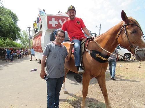 Antônio França (Prefeito eleito de Pedreiras) e o empresário Paulo Maratá (Foto: Sandro Vagner)