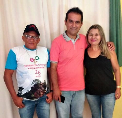 Ary (Conselheiro Tutelar), Antônio França (Prefeito eleito de Pedreiras), Nilma Melo (Assistente Social)