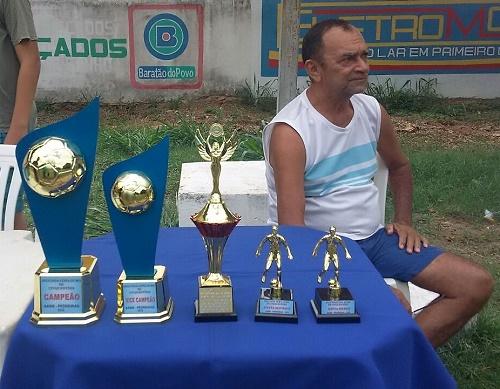 """Luís Orlando - Organizador e jogador do """"Moleza""""/Foto: Mitinha"""