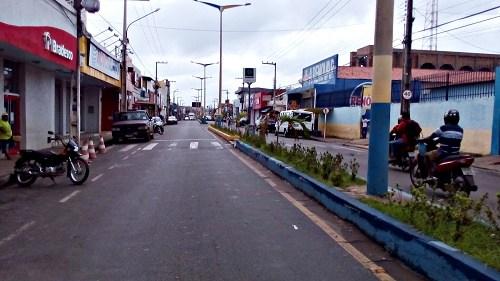 Resultado de imagem para avenida de Pedreiras Maranhão